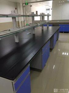 云南红河州个旧实验台厂家实验室边台价格